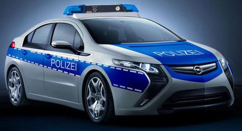 Концерн GM подготовил гибрид Opel Ampera для полиции