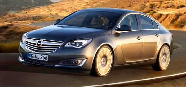 Opel Insignia: новые моторы и интерьер