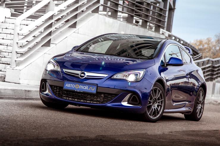 Молния без грома. Тест-драйв Opel Astra OPC